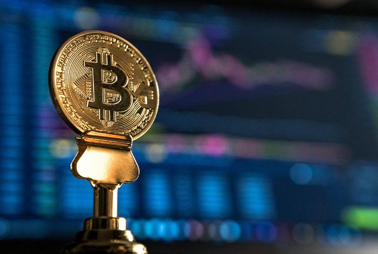 Au-delà du bitcoin, la blockchain : une révolution pour la gestion de patrimoine